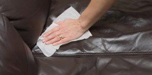 198f5cfb5be3091f4ffbc611344dec41 300x149 - Народные средства для чистки обивки дивана