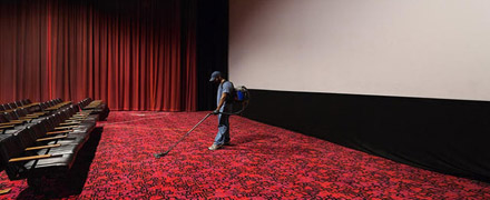 Химчистка ковролина в кинотеатре