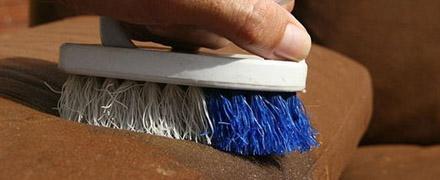 Химчистка мягкой мебели из замши